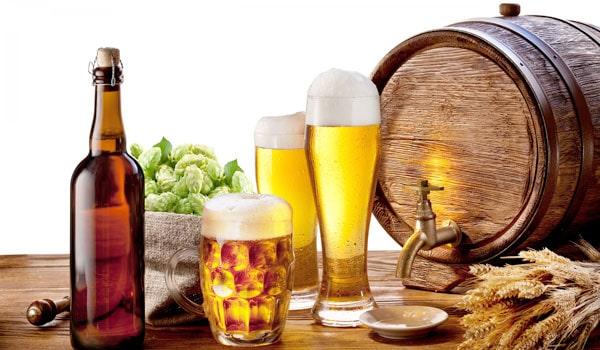 Mẹo hay trị huyết áp cao - Hạn chế lượng rượu uống mỗi ngày